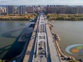 东北严寒地区首次采用ECO改性聚氨酯混凝土施工工艺进行桥面施工