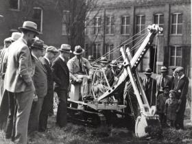 这种工程机械已经使用了180多年,现在还在被广泛使用